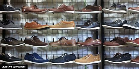 Jajaran Sepatu yang Ditawarkan
